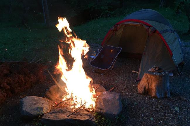 有野実苑キャンプ焚き火