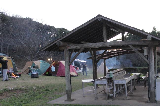 大原上布施キャンプ場炊事場