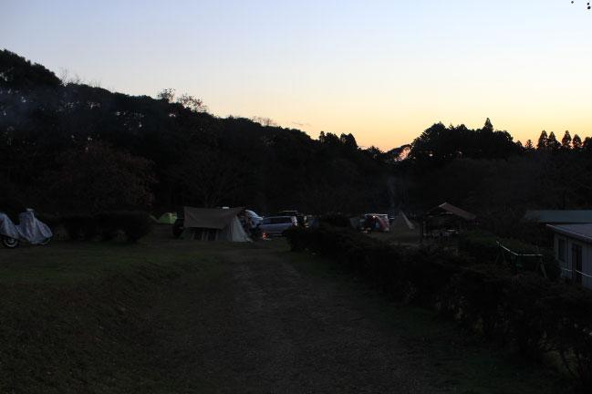 大原上布施キャンプ場の夕暮れ