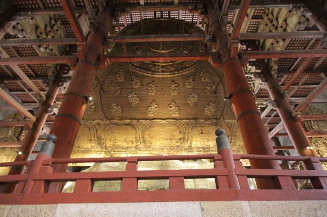 東大寺 大仏の背面