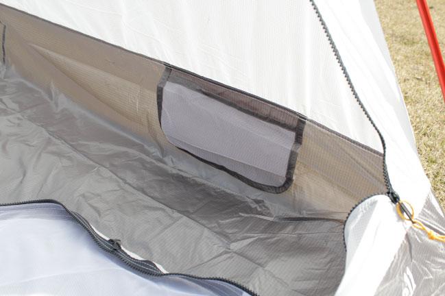 ステラリッジテント2型テント内部のポケット