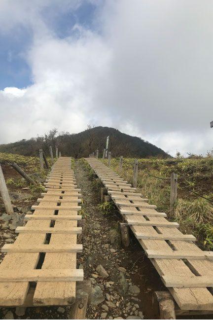塔ノ岳の階段