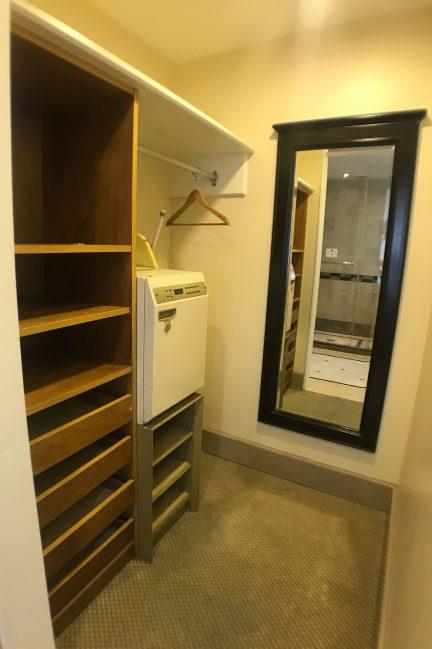 ロイヤルオーキッドホテルグアムの部屋のクローゼット
